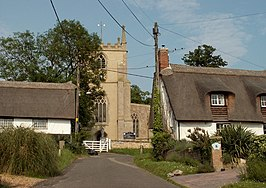 Holy Trinity church and thatched cottages in Elsworth - geograph.org.uk - 462193.jpg