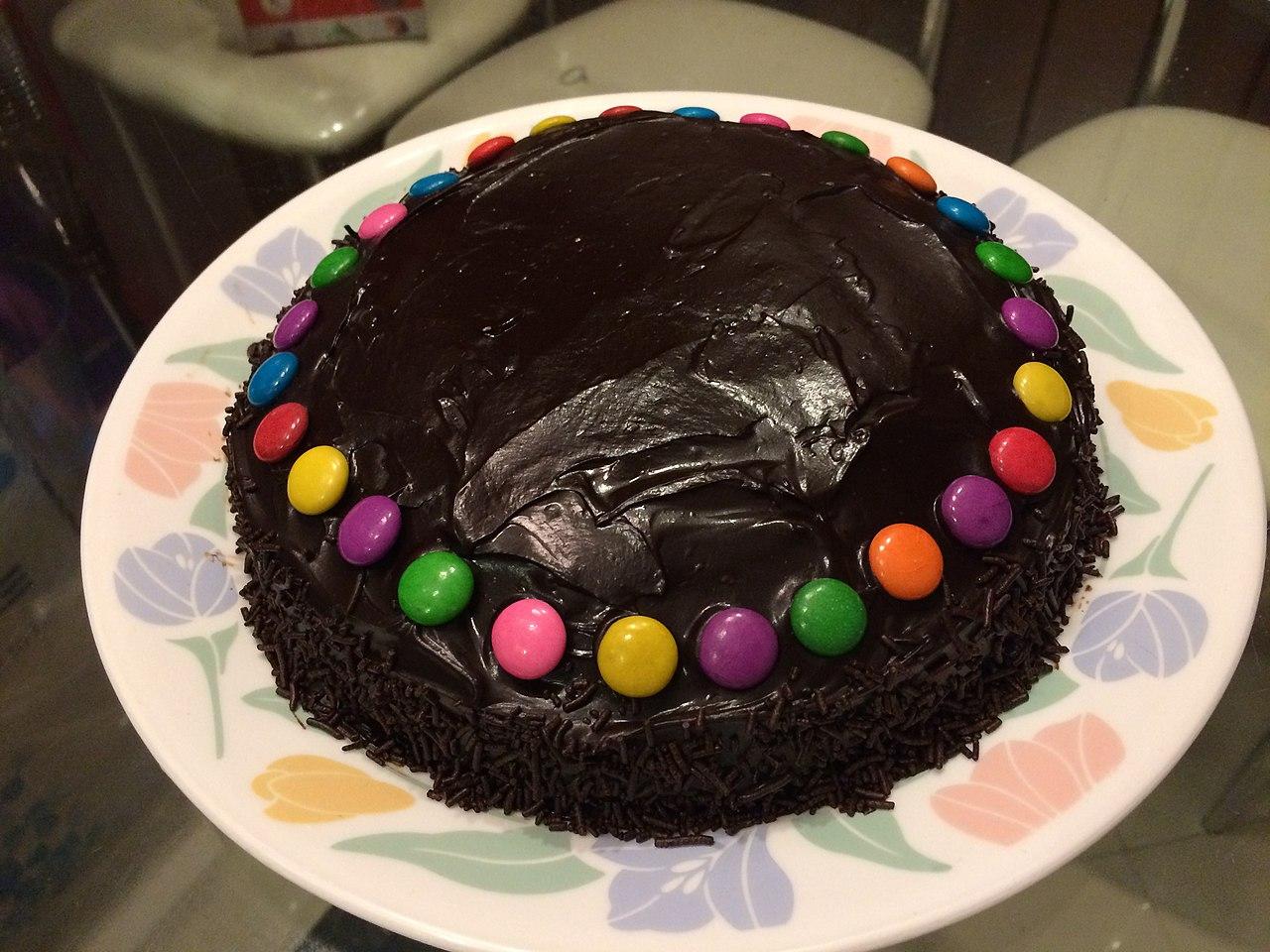 File:Homemade Chocolate cake for kids.JPG - Wikimedia Commons