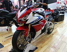 2010 Honda Cbr 1000rr >> Honda CBR1000RR - Wikipedia