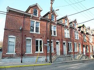 Houses at 838-862 Brightridge Street - Image: Housesat 838 862Brightridge Street
