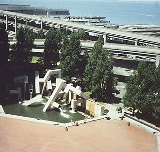 Armand Vaillancourt - Image: I 480 from Hyatt Regency ca 1988