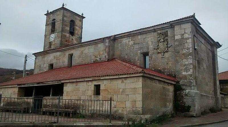 File:Iglesia de Corconte.jpg