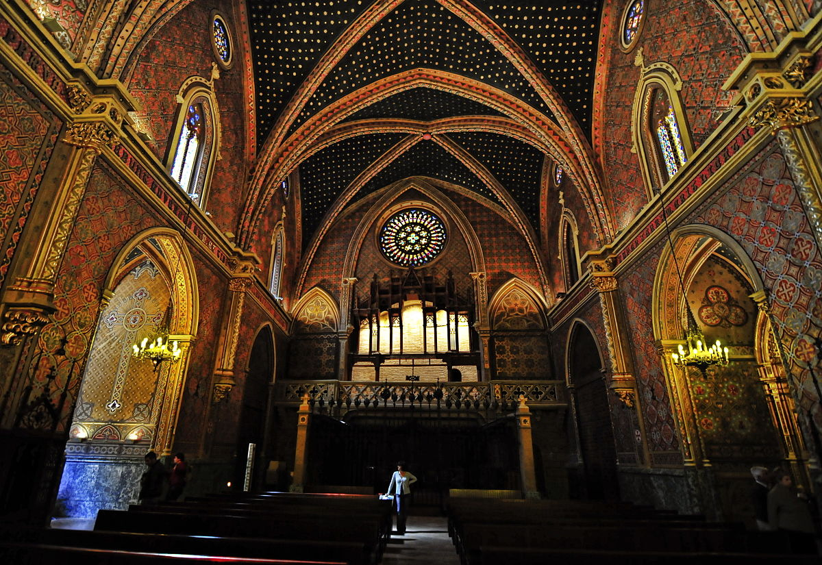 File iglesia de san pedro mausoleo de los amantes - Ceramica san pedro ...