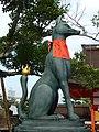 Inari fox statues, Fushimi Inari-taisha 02.jpg