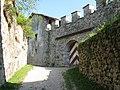 Ingresso castel Cles - panoramio.jpg