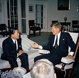 Thanat Khoman - Thanat Khoman with John F. Kenedy