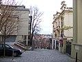 Jana Masaryka, ke schodišti nad tunely.jpg