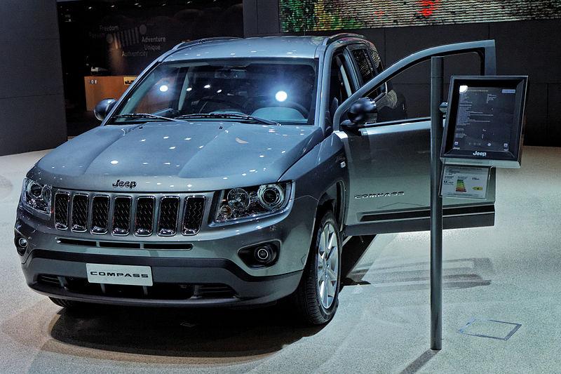 File:Jeep Compass - Mondial de l'Automobile de Paris 2012 - 005.jpg