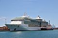 Jewel of the Seas (ship, 2004) 001.jpg