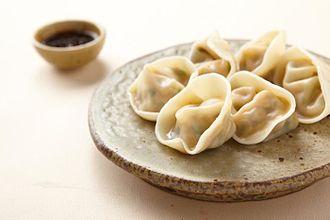 Mandu (food) - Jjin-mandu (steamed dumplings)