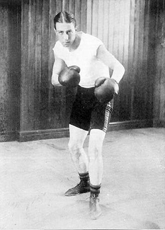 Johnny Douglas - Douglas as a boxer at the 1908 Olympics