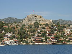 Kaleköy - The village of Kaleköy seen from south, with the Byzantine castle in the center