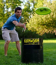 Flying disc resource learn about share and discuss flying disc man plays kanjam fandeluxe Image collections