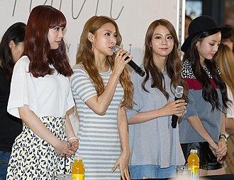 "Kara (South Korean band) - Image: Kara at the fansigning for their mini album ""Day & Night"", 30 August 2014 01"