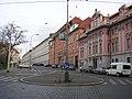 Karlovo náměstí - ulice U nemocnice.jpg