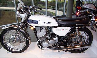 Kawasaki triple - Image: Kawasaki 500 Mach III H1
