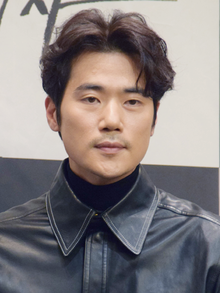 Kim Kang-woo in Dec 2019 (Revised).png