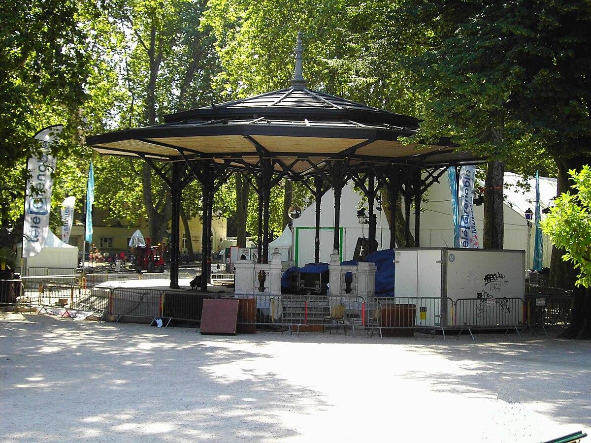 Fichier:Kiosque jardin de ville - Grenoble.JPG — Wikipédia