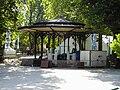 Kiosque jardin de ville - Grenoble.JPG