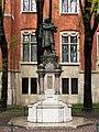 Kraków - Pomnik Mikołaja Kopernika 01.JPG