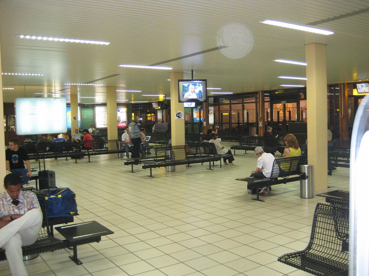 l233onmba international airport wikipedia