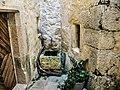 La toute petite fontaine de la porte Saint-Paul.jpg
