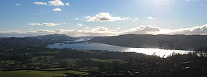 Lake Windermere mit der Belle Isle in der Mitte