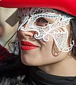 Lass with a white wire mask (8489824158).jpg