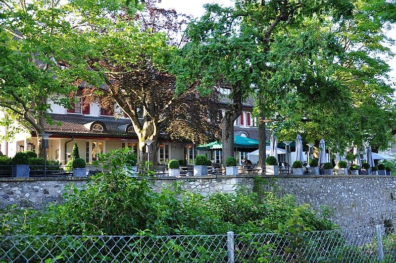 File:Laufen-Uhwiesen - Schloss Laufen 2010-06-24 19-48-24.JPG