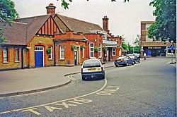 Letchworth station geograph-3749293-by-Ben-Brooksbank.jpg