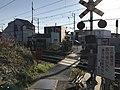 Level crossing of Kagoshima Main Line near Matsubaraguchizutsumi Pond.jpg