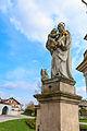 Lhota u Náhořan - sochy svatých u kříže na návsi1.jpg