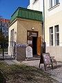 Libeňská sokolovna, antikvariát.jpg