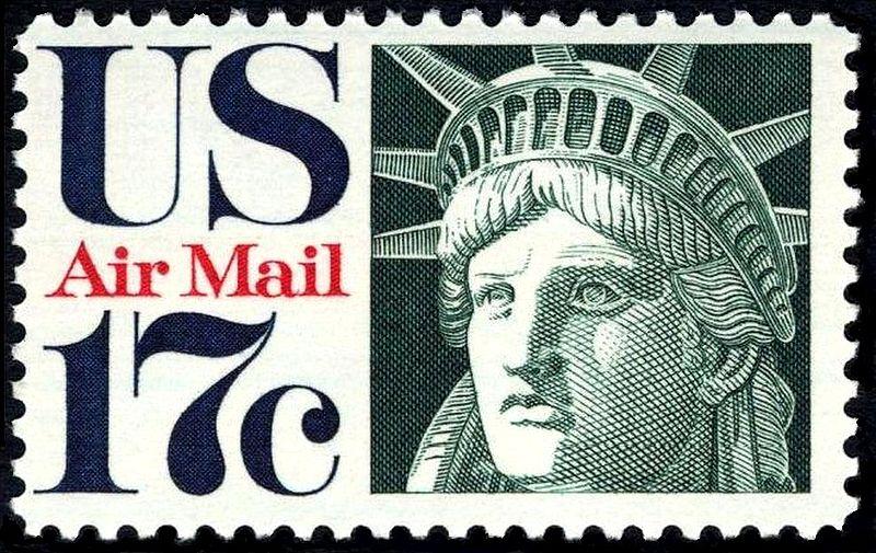 Cabeza de la Estatua de la Libertad, en un sello de correo aéreo, emitido en 1971.