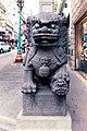 Lion by Chinatown Gate (18124233650).jpg