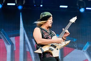 Loudness (band) - Sole constant member Takasaki reunited the original lineup of the band in 2001.