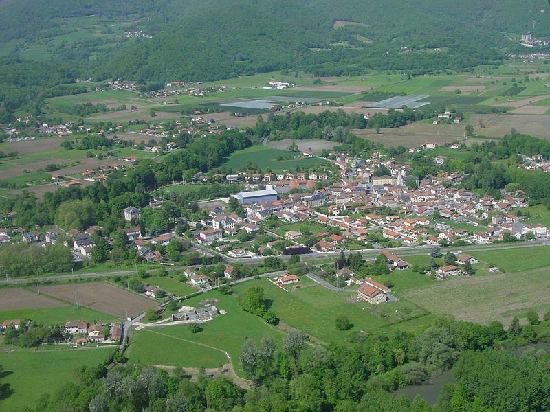 Vue aérienne de Loures Barousse