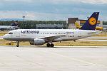 Lufthansa, D-AILH, Airbus A319-114 (16456980065) (2).jpg