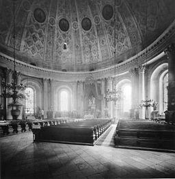 Hedwigskirche , Königlich Preußische Messbildanstalt [Public domain], via Wikimedia Commons