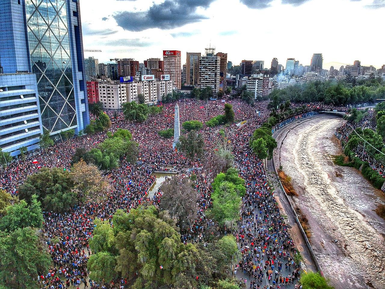 Marcha Mas Grande De Chile 2019 Plaza Baquedano Drone.jpg