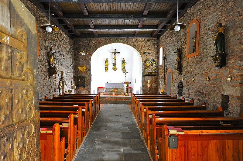 Datei:Maria Saal Karnburg Pfalzkirche Innenraum 15092011 144.jpg