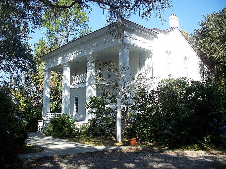Ely-Criglar House