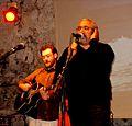 Mario Incudine in concerto alla Lomax (CT) con Faisal Taher (07 maggio 2010).jpg