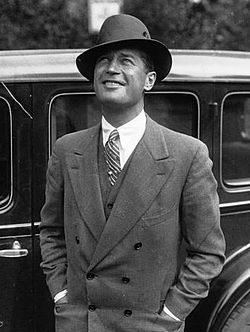 Maurice Chevalier 1929.