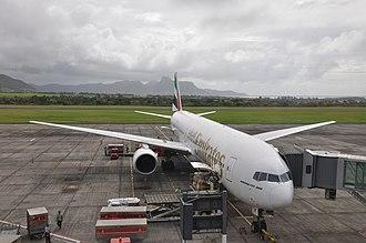 Sir Seewoosagur Ramgoolam International Airport - An Emirates Boeing 777-300
