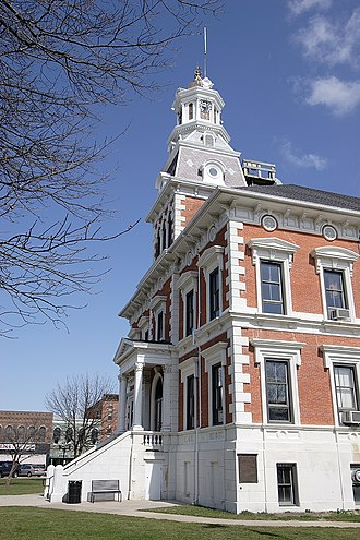 McDonough County, Illinois - Image: Mc Donough County Courthouse