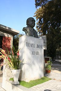 Memorial DDHH Chile 45 Busto de Tucapel Jiménez.jpg