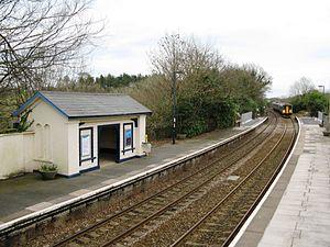 Menheniot railway station - Image: Menheniot station 153380 150281