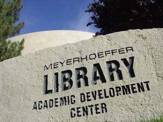 College of Southern Idaho - Meyerhoeffer Library at CSI