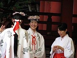 Miko at the Ikuta Shrine.jpg